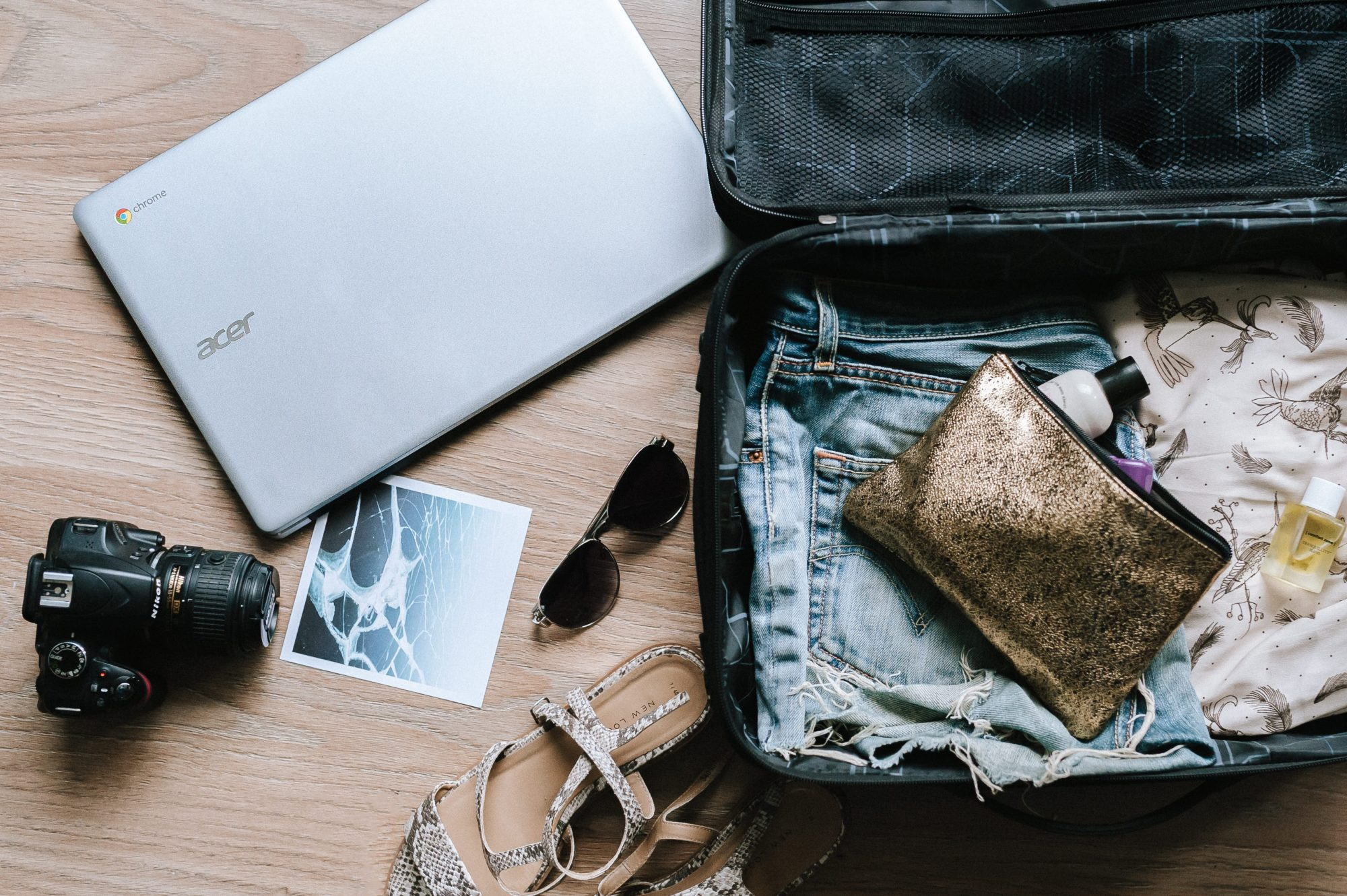 Everything You Need To Pack For The Ultimate Travelling Experience