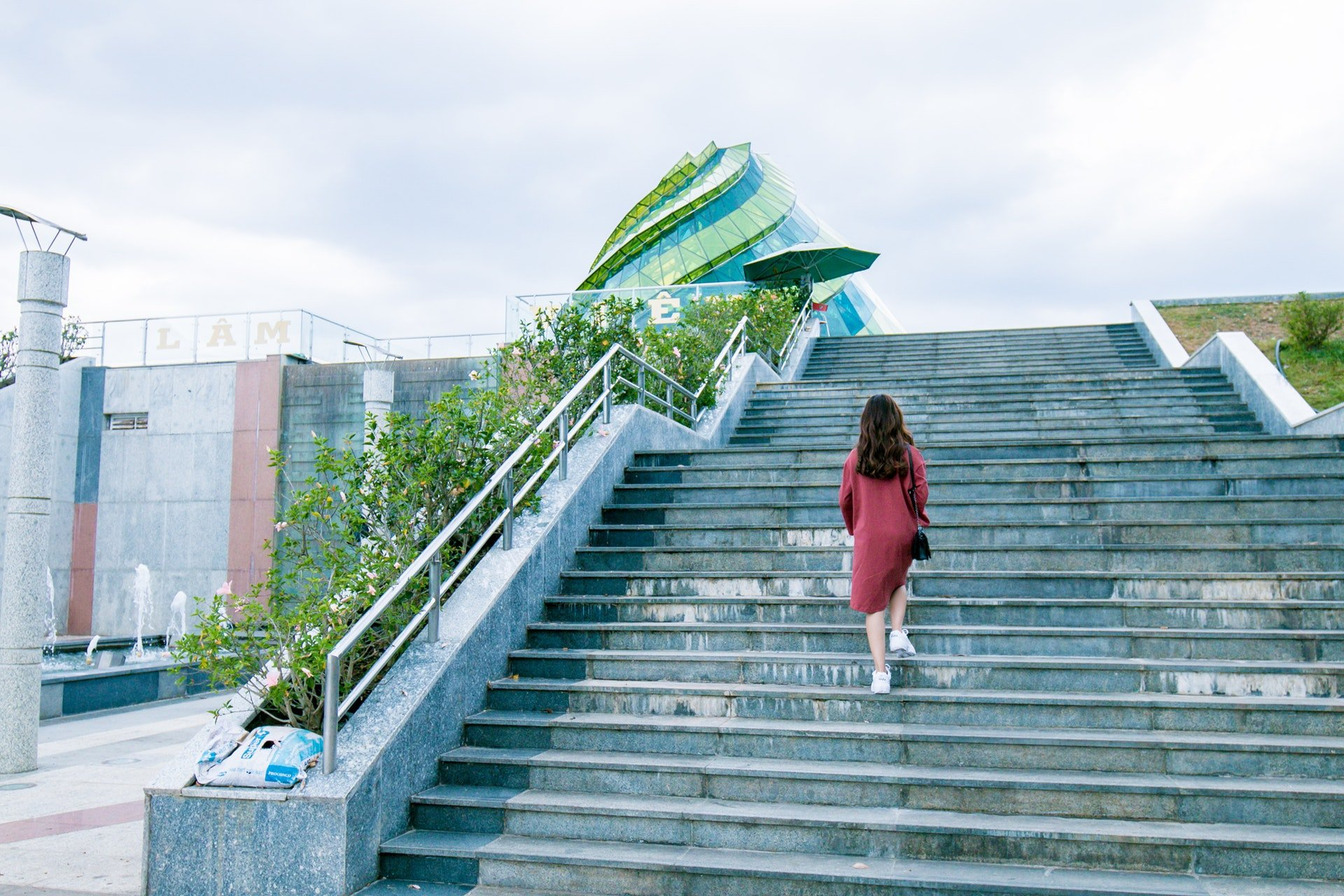 6 Reasons To Always Take The Stairs in 2020