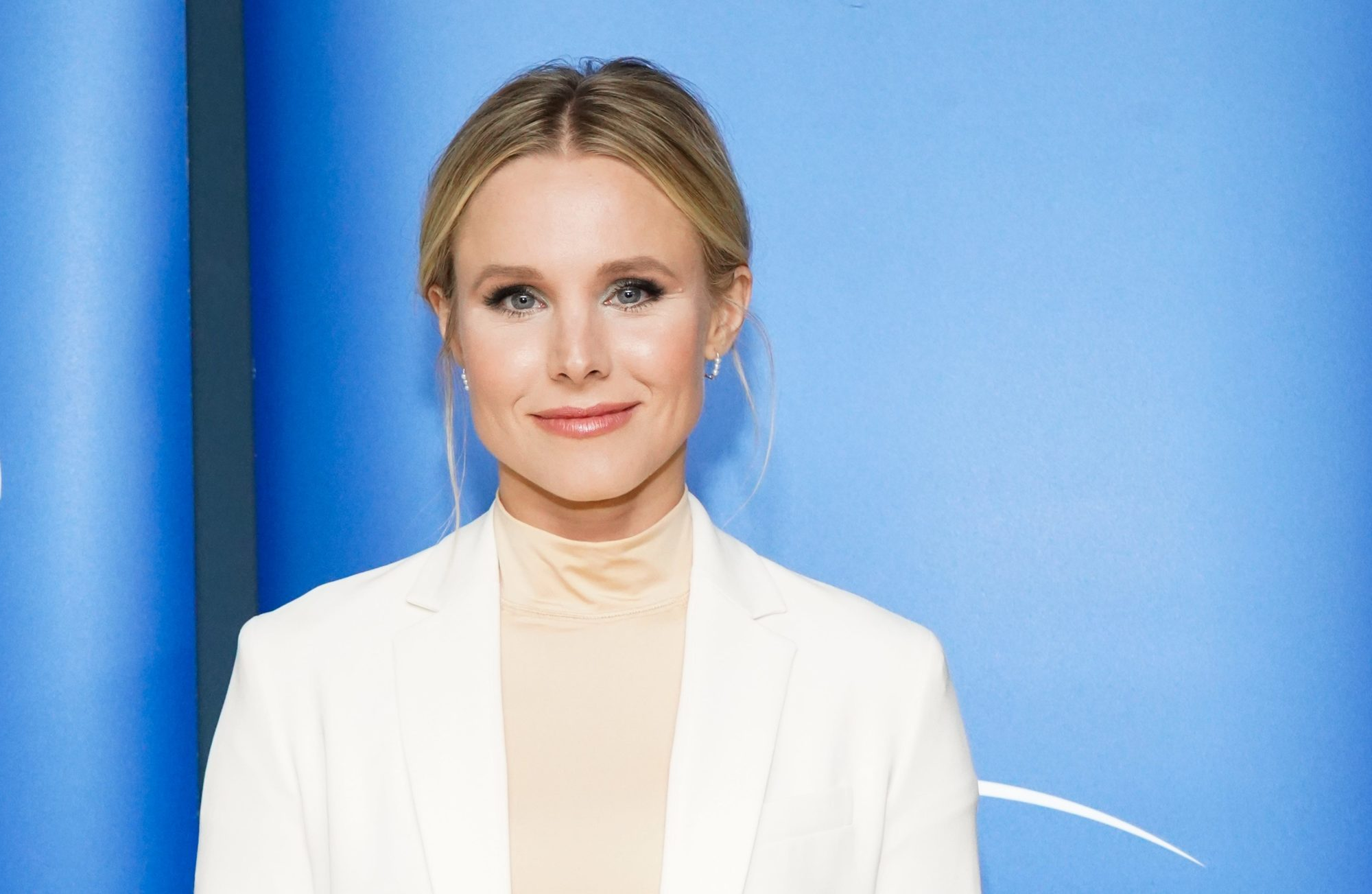 Snacking All Day? You Might Need Carbs Like Kristen Bell