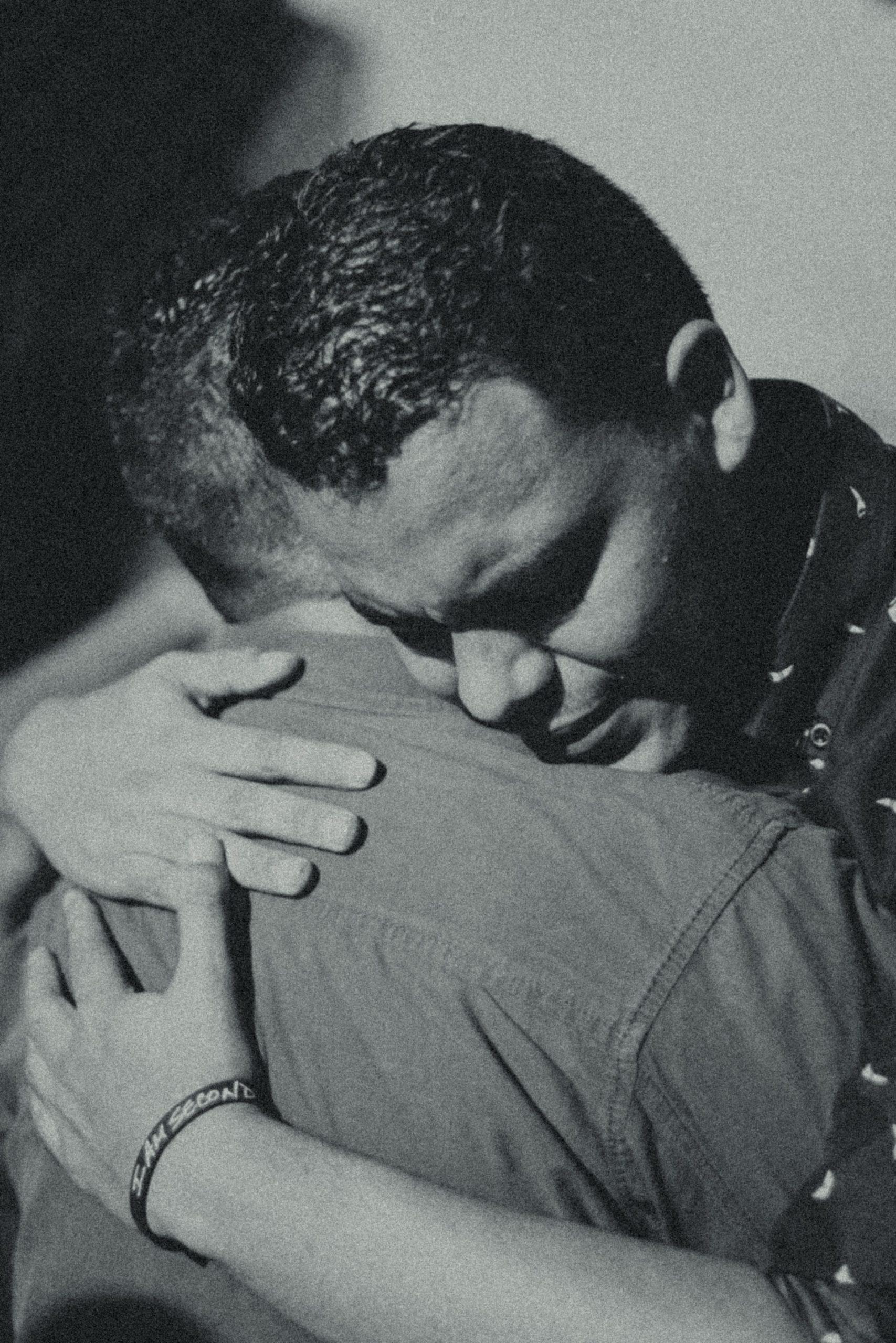 hug | Longevity LIVE