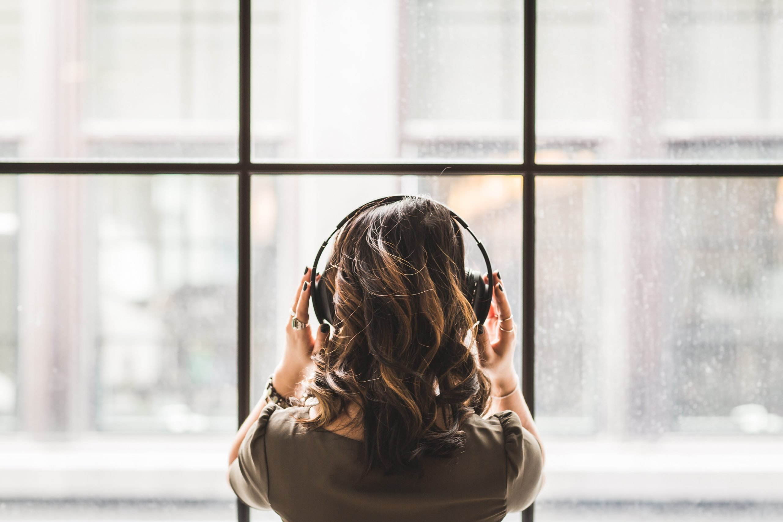 Music: Could Listening To More Make You Happier and Smarter?